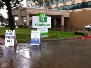 Holiday Inn Parking