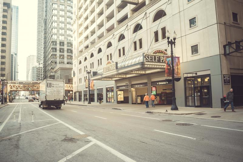 Theatre District Self Park At 181 N Dearborn St