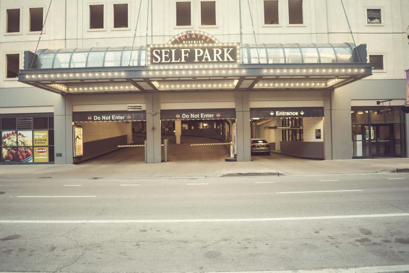 Theatre District Self Park At 181 N. Dearborn St